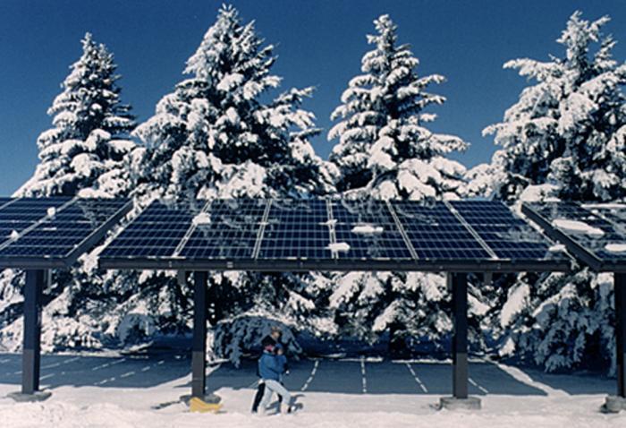 5 Equívocos sobre os efeitos do clima em painéis solares comerciais