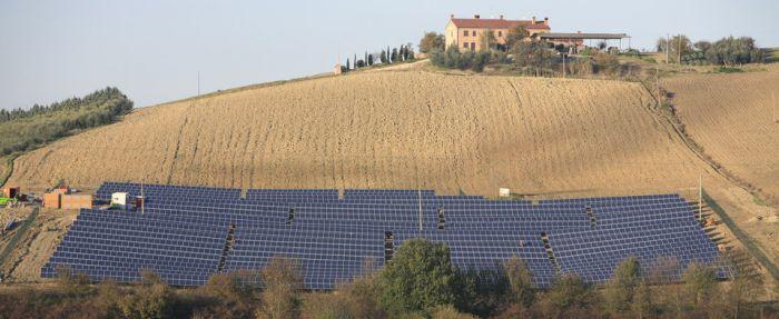 Energia Solar Itália cumpre esquema FiT original