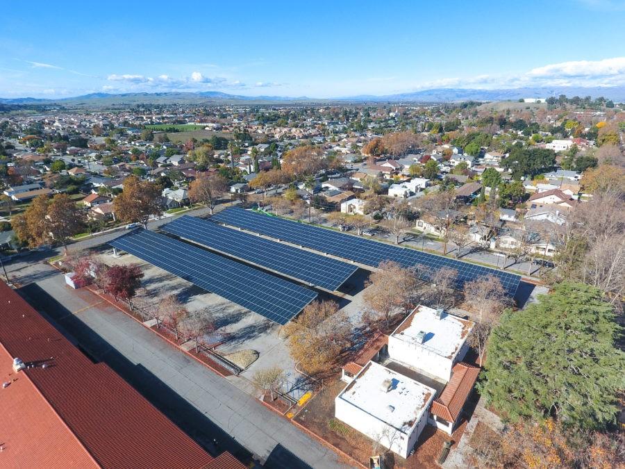 Distritos escolares se preparam para um novo ano escolar com energia solar
