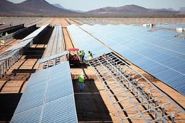 Maior usina solar da América Latina em fase de conclusão em 2013